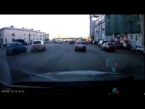 Как Девушка паркуется с левой полосы (Юмор VinFull.ru)