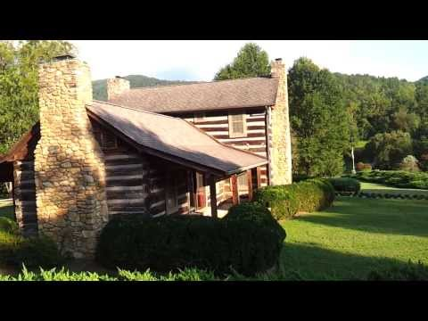 Moving Company LOVE Beaver Dam Run log cabin Gated condo community in North Asheville NC