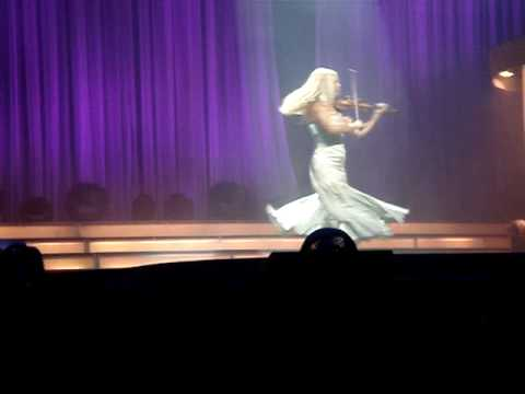 Mairead Nesbitt of Celtic Women plays Violin Solo