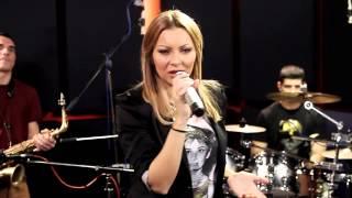 download lagu Ivana Selakov & Beso De Loco Band - 011 gratis