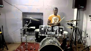 Born to win by Sinach Drum Cover by Emmanuel Drummer
