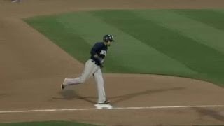 New Orleans' Diaz hits solo homer