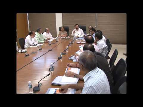 Gujarat CM briefs Hon'ble Shri M Venkaiah Naidu about crop damage due to hailstorm