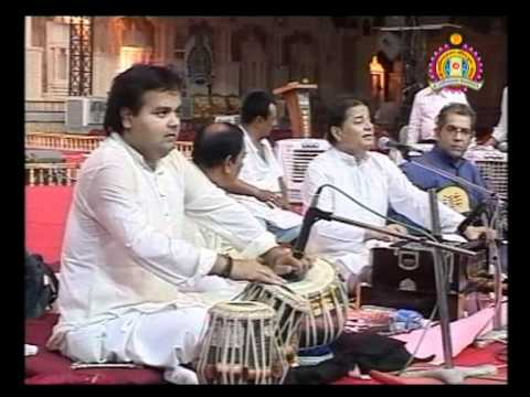 Bhuj Nutan Mandir Mahotsav 2010 -  Bhakti Sangeet - Anupam Jalota Part 1 of 2