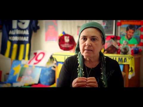 ANNE / MOM  (Kısa Belgesel Film by Şafak Pavey)