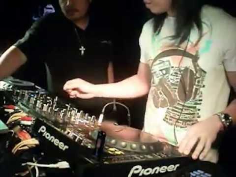 Live Mix Jammin with Dubai's finest DJs - DJ Amok, Dk kroft and Jmaxlolo