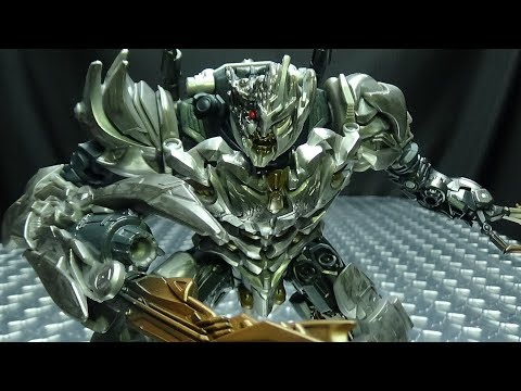 Studio Series Voyager BATTLE DAMAGED MEGATRON: EmGo's Transformers Reviews N' Stuff