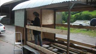 SHEPHERDS HUT BUILD.
