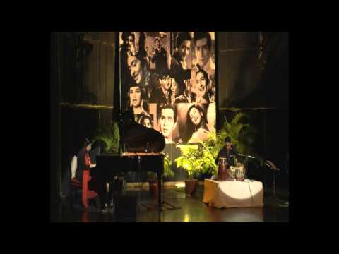 Aaja Sanam Madhur Chandni Mein Hum - Piano Instrumental by Gauri...