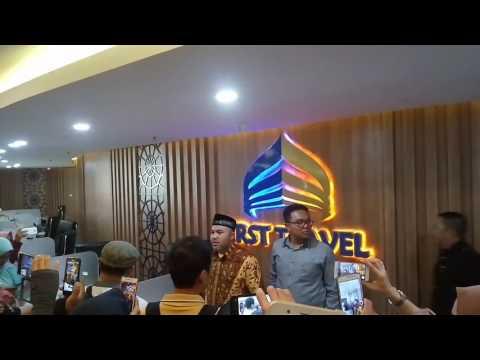 Gambar umroh murah first travel