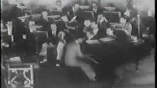 Watch George Gershwin I Got Rhythm video