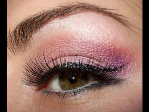Playboy Bunny Pink make up look w/cat liner Video