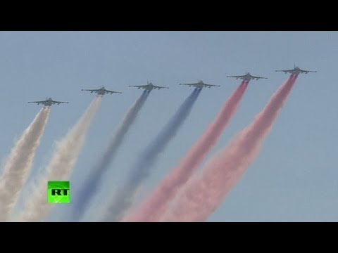 Victory Day Parade 2013 Highlights: Military glory in Moscow's Red Square
