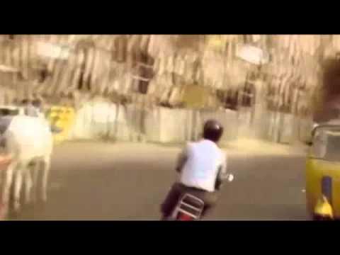 Шедевр индийского кино - обезьяна водит автомобиль