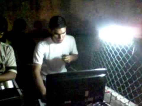 V�ctor Manuel - Manuel Morales @ 20 de Kopas Part 3/3