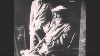 Pierre-Auguste Renoir - Filmed Painting at Home (1919)