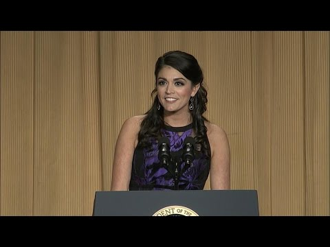 SNL's Cecily Strong Takes On Police Brutality At WHCD [VIDEO]
