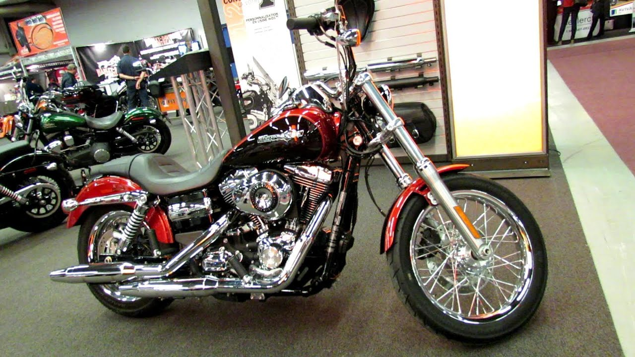 Harley Davidson Dyna Super Glide Custom Review