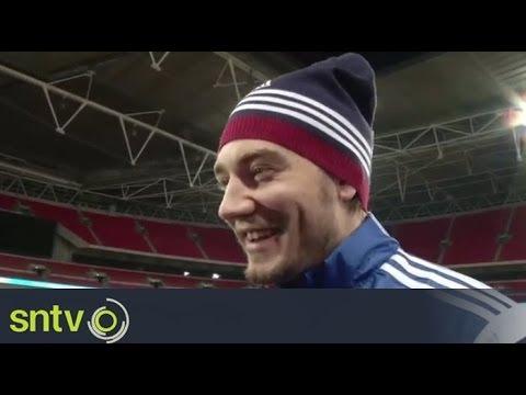 Bendtner ready to leave Arsenal   Football News