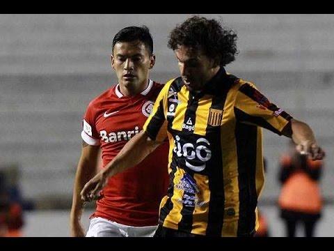 Charles Aránguiz vs The Strongest - Copa Libertadores 17/02/2015