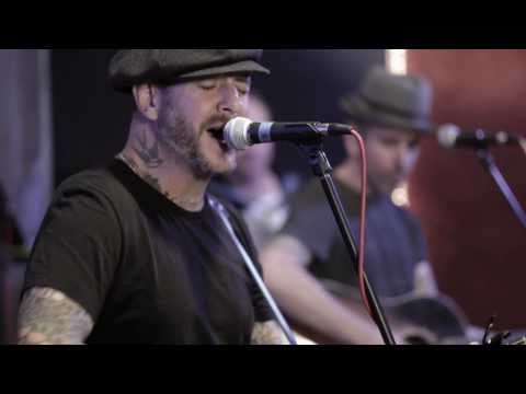 Social Distortion - Reach For The Sky - Live