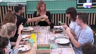 Agoney, Raoul y Andrea explican como se debe abrir un Plátano 16-12-17 Ot