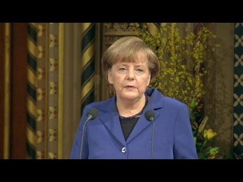 Angela Merkel parle d'Europe au parlement britannique