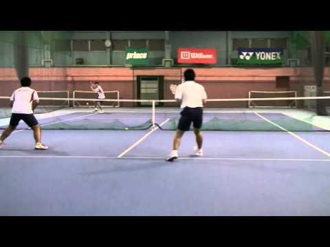 テニス ノア西宮コーチ練習風景