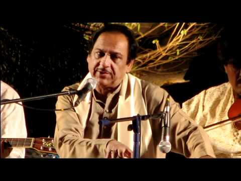 Itna Toota Hoon Keh Chhoonay Se Bikhar Jaoon Ga - Ghulam Ali.flv video