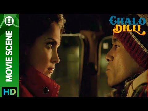 Lara Dutta Stuck With A Driver - Chalo Dilli video