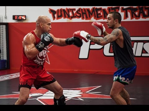 Tito Ortiz training one day before neck injury training for Rampage Jackson Image 1