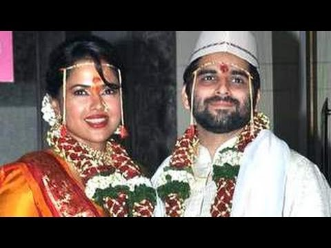 Sameera Reddy & Akshai Varde's EXCLUSIVE WEDDING video