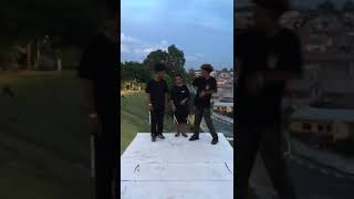 MC Digu e MC Keron - Vou Catucar Seu Boga (DJ KR3) NGTS e NGKS