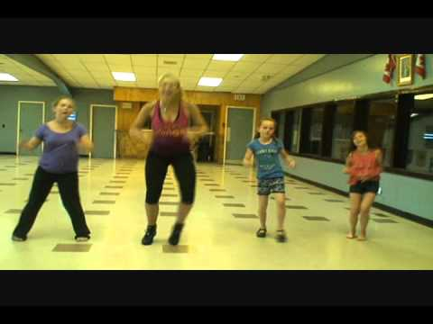 Wow Girls Zumba -  All Around The World - Justin Bieber video