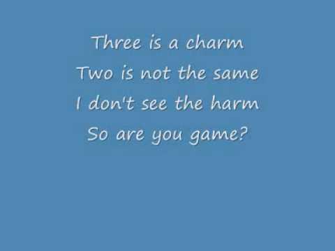 3 (one, two, three) - Britney Spears (lyrics)