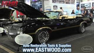 Perfect 1970 Olds 442 W-30 Convertible - Original Parts Group Booth at Sema - Eastwood