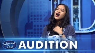 Download Lagu Para juri sangat menikmati suara blues ala Naomi - AUDITION 3 - Indonesian Idol 2018 Gratis STAFABAND