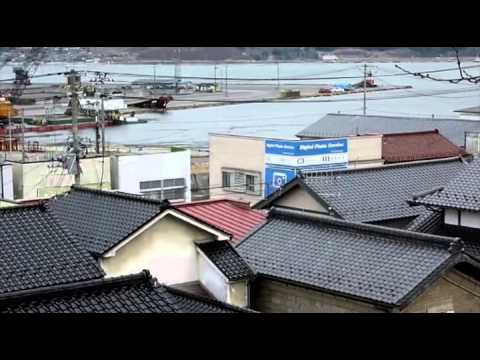 Japan Tsunami Caught On Camera 1x4 video