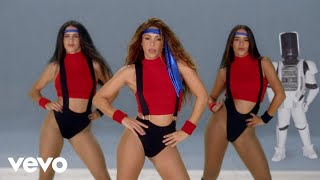 Black Eyed Peas, Shakira - GIRL LIKE ME ( )