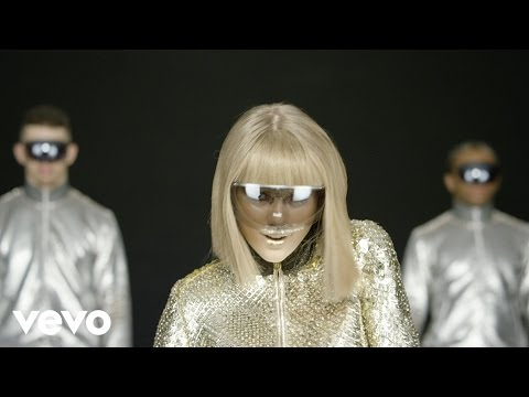 Taylor Swift - Shake It Off Outtakes Video #4 - The Animators...