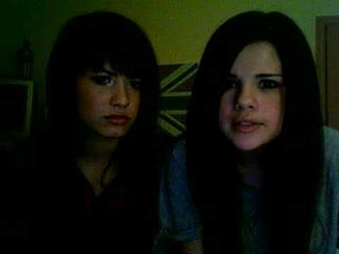 demi Lovato and Selena Gomez q&a!!!!