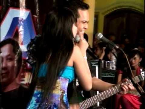 La Sonata - Buka Dikit Joss - Lely Yuanita.mpg video