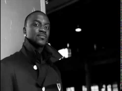 Akon feat. Sarah Kalume - Light Switch (NEW NOVEMBER 2012) (CDQ)