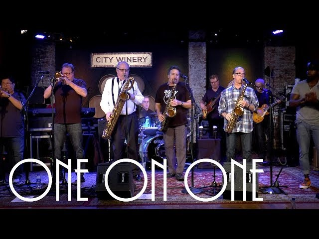 "Tower Of Power - ONE ON ONE「Cellar Sessions」にて""Only So Much Oil""など2曲を披露 ライブセッション映像を公開 thm Music info Clip"
