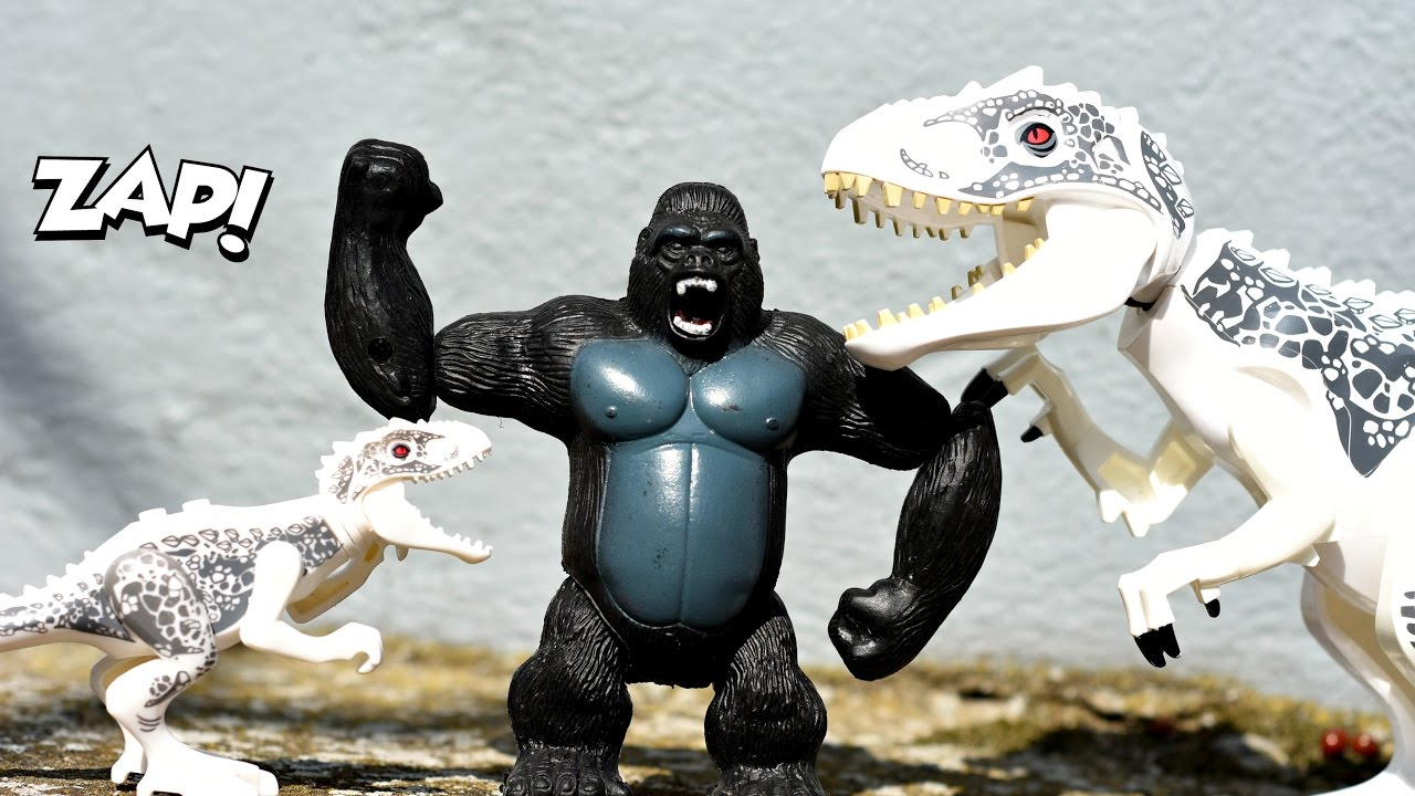King kong escapes toys