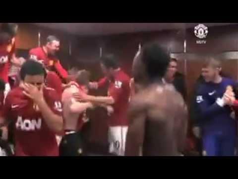 Antonio Toño Valencia Festeja el triunfo del Manchester United 04 2013