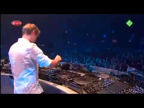 Armin Van Buuren - Who Will Find Me (live)