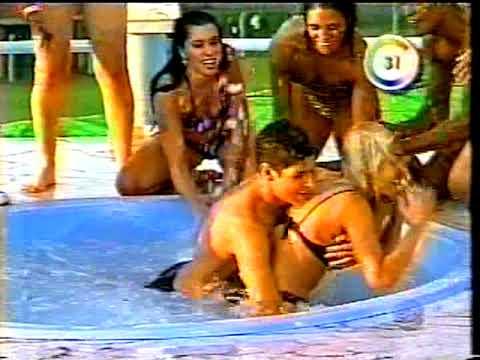 Grupo Dominó-Rodriguinho na banheira do Gugu