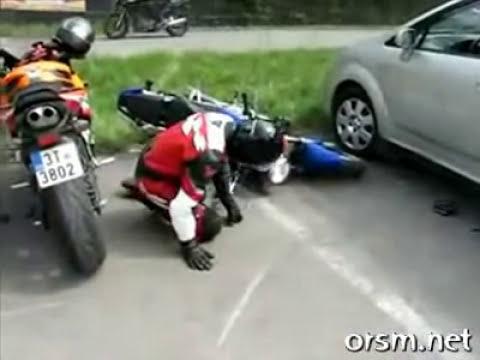 Trottel mit Motorrad