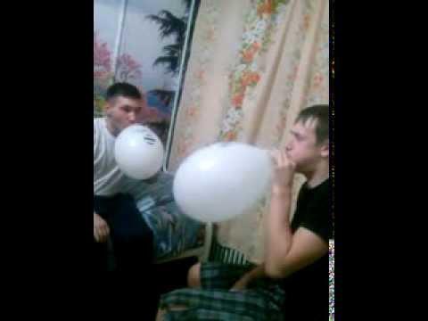 ржака парни жгут в общаге )))))